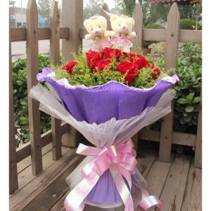 11枝顶级红玫瑰,2只精美小熊,黄莺环绕
